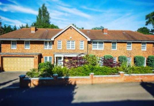 detached house for sale in hampstead